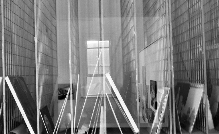 8_paintingroom