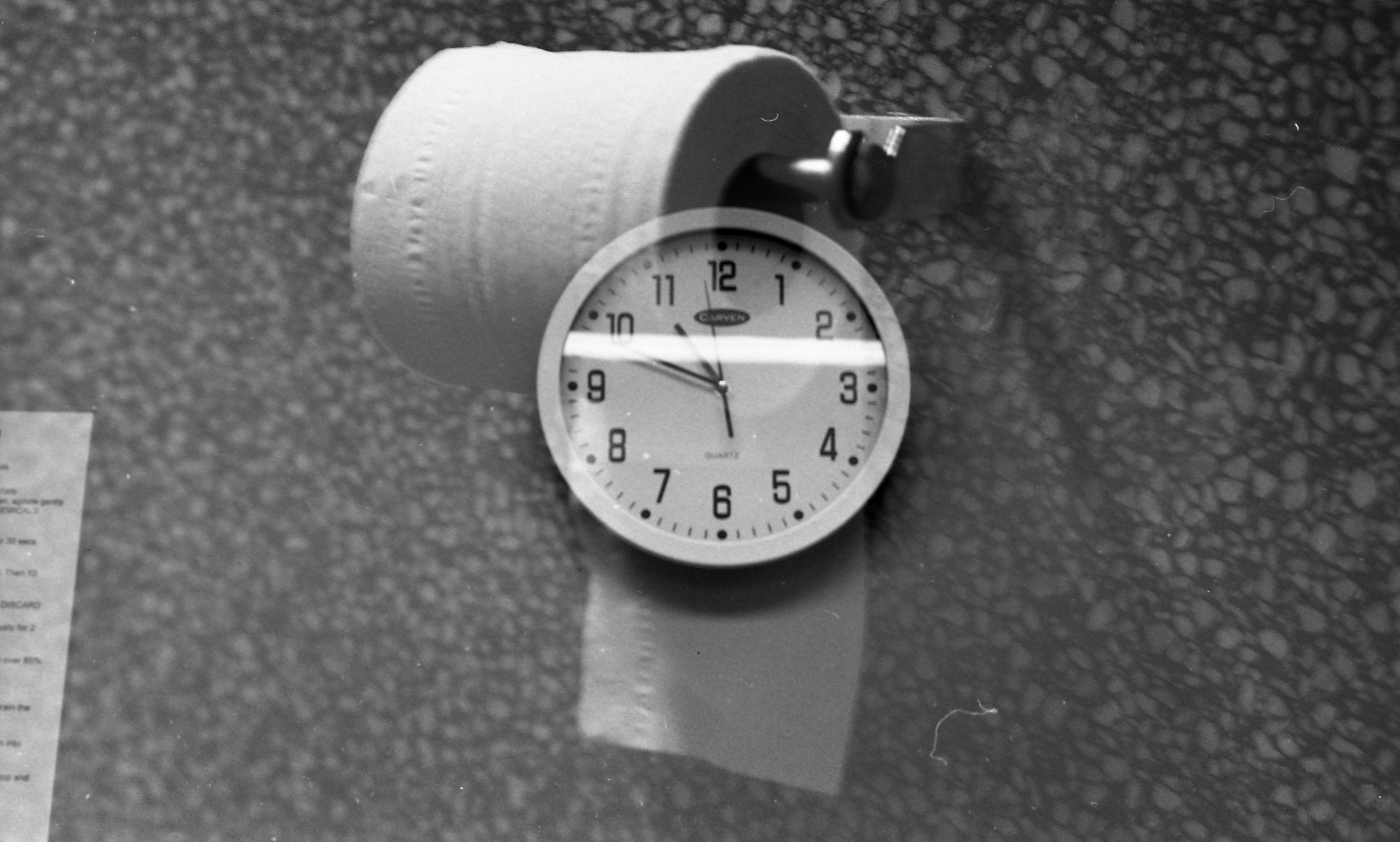use_clock and toilet roll